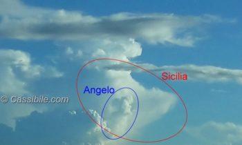 Angelo nel cielo di Cassibile che guarda e...