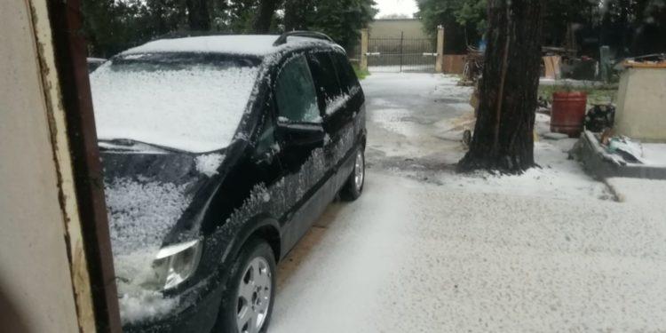 Violenta grandine a Siracusa, tutto diventa bianco, sembrava neve