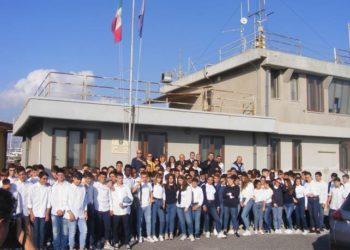 Siracusa, battesimo del mare per gli studenti dell'istituto nautico Rizza