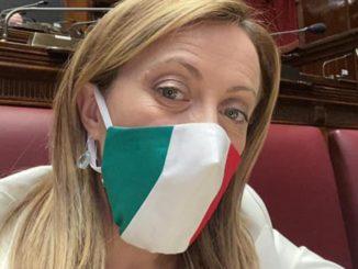 """Giorgia Meloni, la leader di FdI, al ministro: """"Chiudere la Baraccopoli di Cassibile"""""""