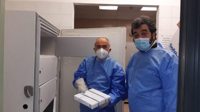 Arrivati i primi vaccini anticovid a Siracusa, comincia somministrazione